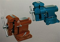 closed multi purpose bench vise IV