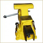 high light bench vise swivel base with anvil